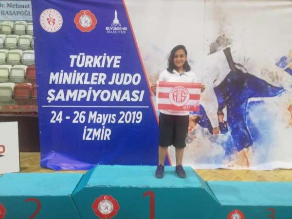 Antalyaspor judoda deneyim kazandı