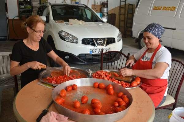 Sinop'ta domates salçası mesaisi başladı