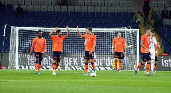 Başakşehir 5 haftada attığı golü 1 maçta buldu