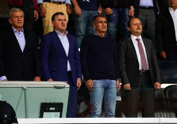 Servet Yardımcı ve Şenol Güneş, Başakşehir-Rizespor maçında