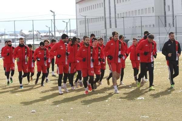 EsEs Adanaspor maçı hazırlıklarını tamamladı