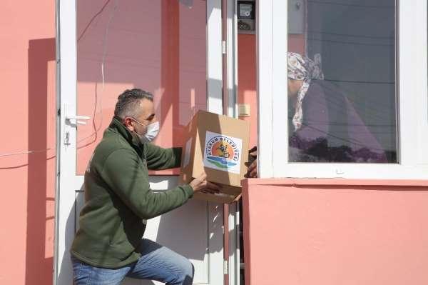 Atakum Belediyesinden 2 günde binden fazla aileye yardım