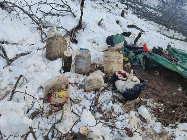 Bitliste terör örgütüne ait gıda ve yaşam malzemesi ele geçirildi