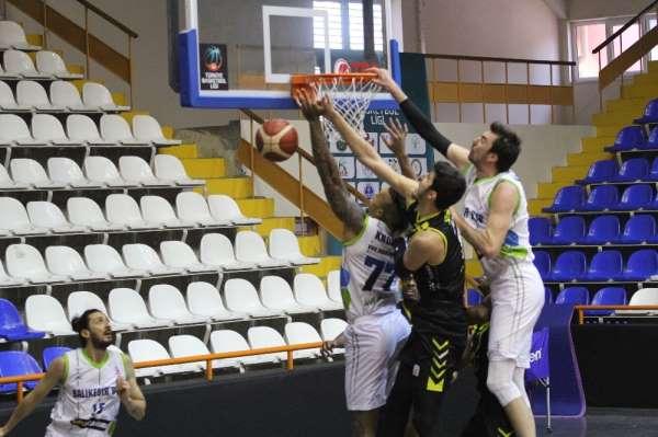 Türkiye Basketbol Ligi: Balıkesir Büyükşehir Belediyespor: 85 - İstanbul Basket: 79