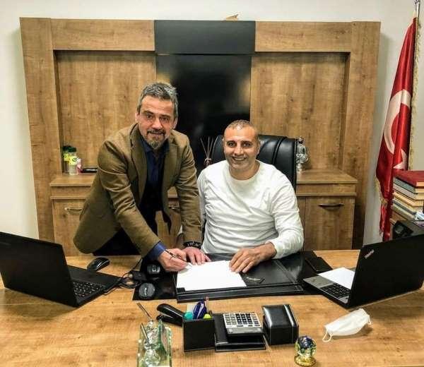Bayburt Özel İdare Spor'da teknik direktörlüğe Ali Nail Durmuş getirildi