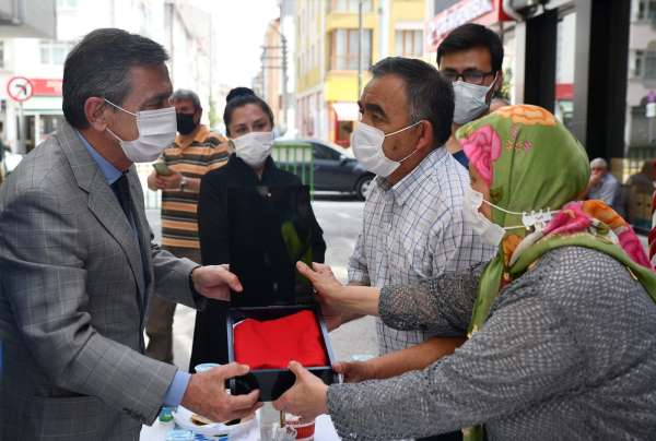 Başkan Ataç şehit ailesinin acısını paylaştı