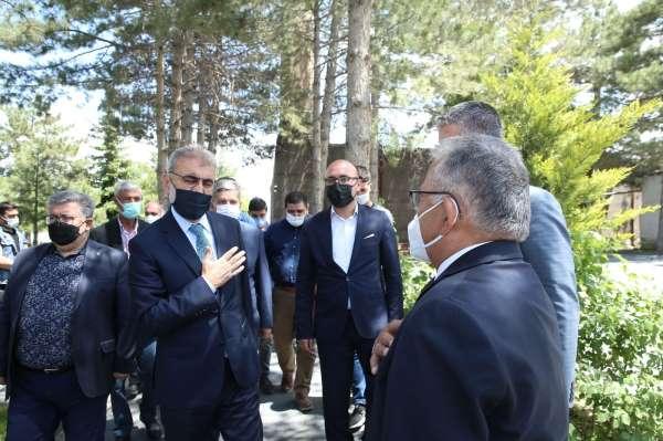 Başkan Büyükkılıçtan şehit ailesine taziye ziyareti