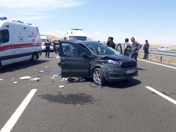 Niğde Otoyolunda trafik kazası: 11 yaralı