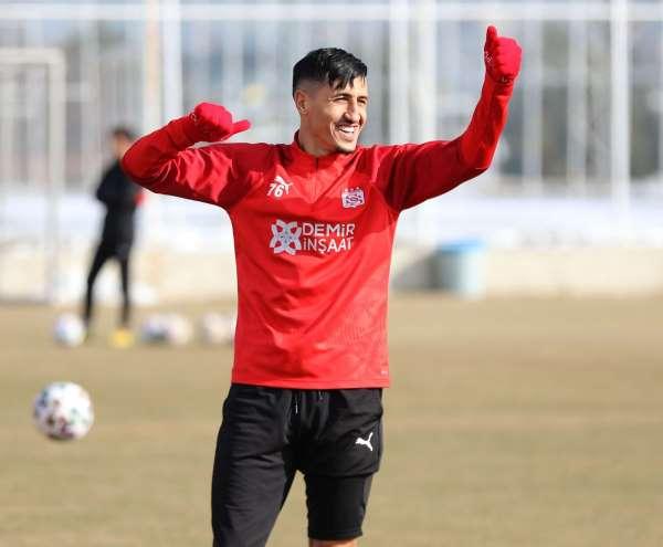 Sivassporlu Fayçal Fajr, bu istatistikle zirvede!