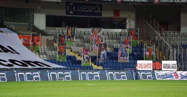 Süper Lig: M.Başakşehir: 0 - Galatasaray: 0 (Maç devam ediyor)