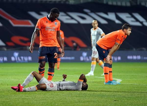 Süper Lig: Medipol Başakşehir: 0 - Galatasaray: 0 (İlk yarı)