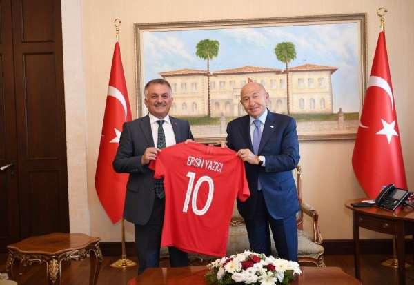 Nihat Özdemir, Antalya'da ziyaretlerde bulundu