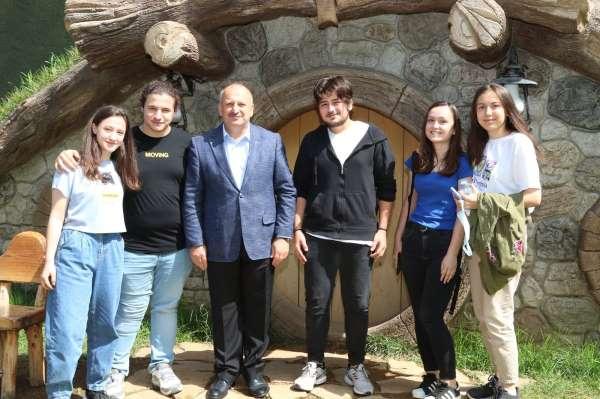 Başkan Tavlı, gençlerle buluşmaya devam ediyor