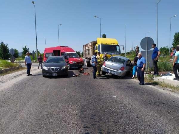 Manyasta trafik kazası: 2 yaralı