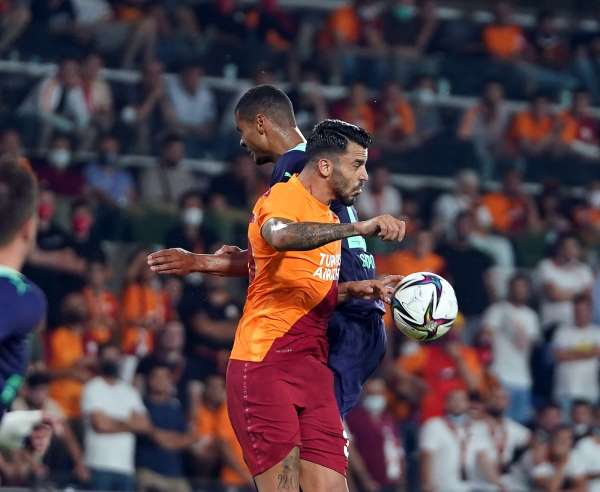 UEFA Şampiyonlar Ligi: Galatasaray: 1 - PSV Eindhoven: 2