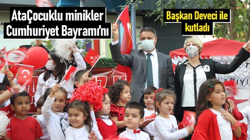 AtaÇocuklu minikler Cumhuriyet Bayramını Başkan Deveci ile kutladı