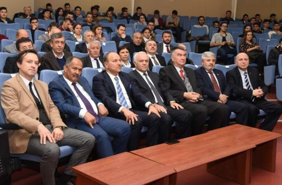 İlk Türk Otomobili Devrim, ESOGÜ'deki Panelde Tartışıldı