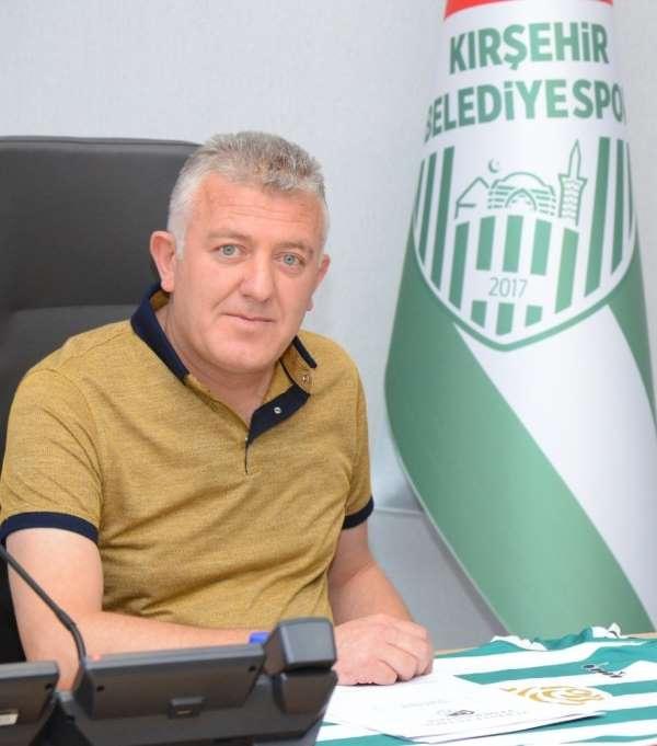 Kırşehir Belediyespor teknik direktörü ile yollarını ayırdı