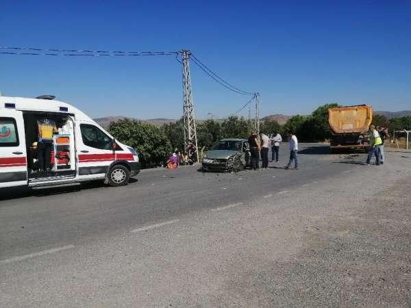 İzmir'de ortalığı savaş alanına çeviren kaza: 7 yaralı