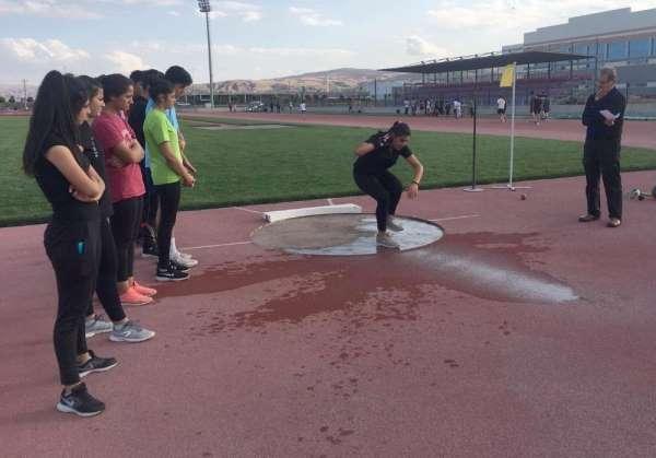 Sivas'ta atletizm eğitimleri başladı