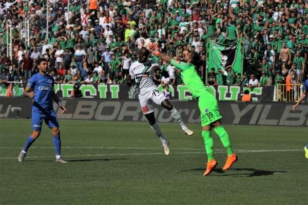Süper Lig: Denizlispor: 0 - Kasımpaşa: 0 (İlk yarı)