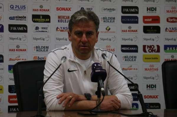Yeni Malatyaspor Teknik Direktörü Hamzaoğlu'ndan hakemlere tepki