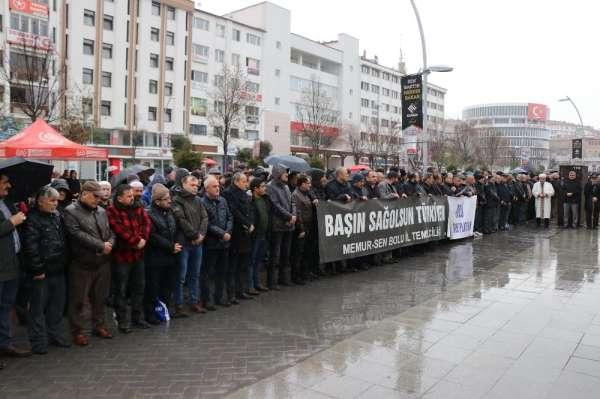 Bolu'da, İdlib şehitleri için gıyabi cenaze namazı kılındı