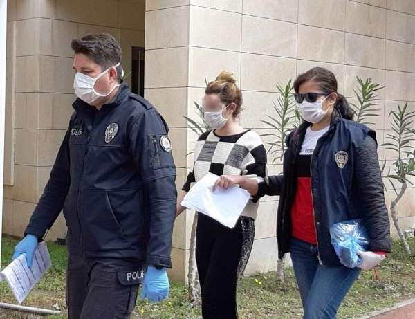 Ali Ağaoğlu'nun eski sevgilisi Hazal, erkek arkadaşını bıçakladığı iddiasıyla gö