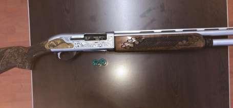 Jandarmaya silah doğrultup bıçak çektiler
