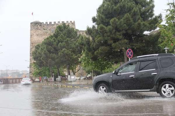 Sinopu yağmur etkisi altına aldı