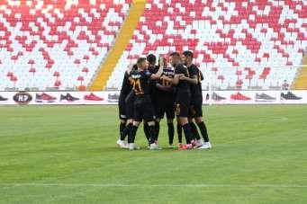 Kayserispor Yönetim Kurulu Üyesi Süleyman Akın: 'Sezon sonunda gülen taraf biz o