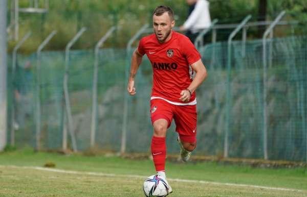 Gaziantep FKda Maxim 2 hafta sahalardan uzak kalacak