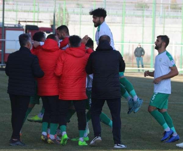 2. Lig: Sivas Belediyespor: 2 - GMG Kastamonuspor: 0