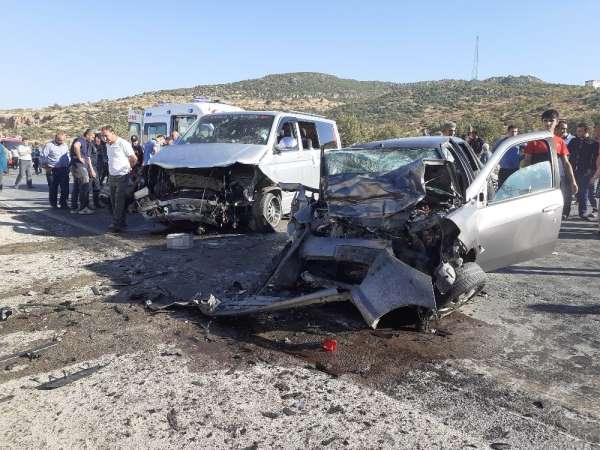 Nişan yolunda feci kaza: 7 yaralı