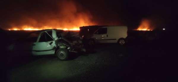 Anız yangını kazaya neden oldu: 2 yaralı