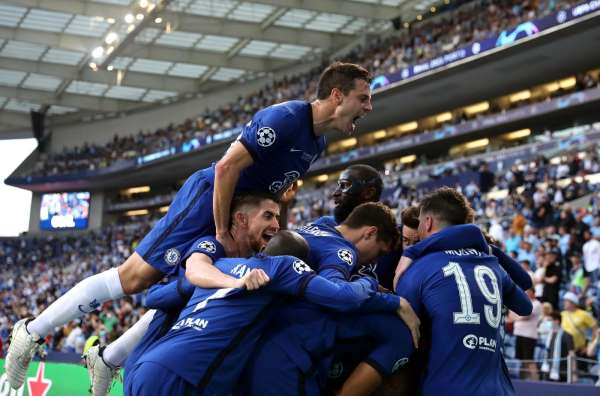 UEFA Şampiyonlar Ligi finalinde Chelsea, Manchester Cityi 1-0 mağlup etti ve kupanın sahibi oldu.