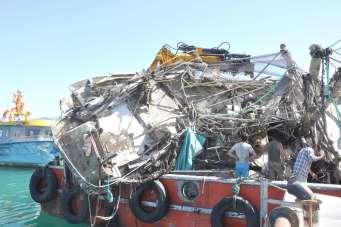 Batan tekne Alperen57'nin enkazı çıkarıldı