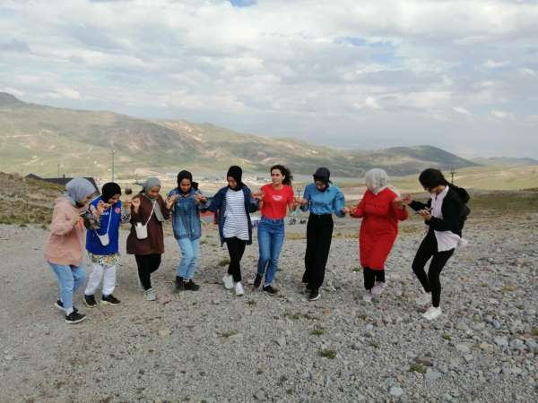 Erciyes gençleri ağırlamaya devam ediyor