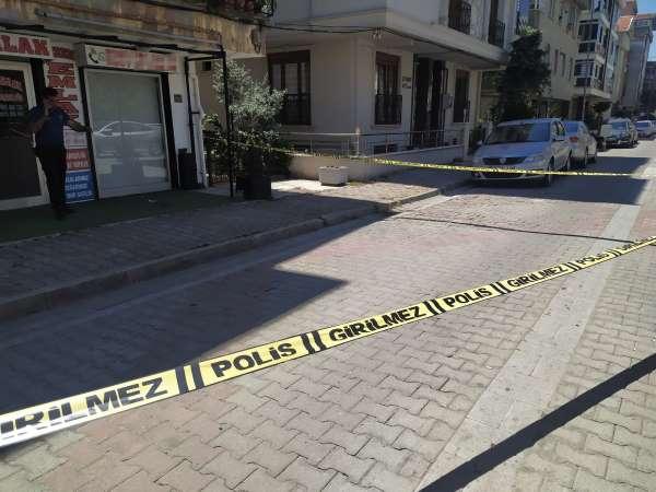 İstanbulda dehşet: Eşini çalıştığı iş yerinde bıçakladı