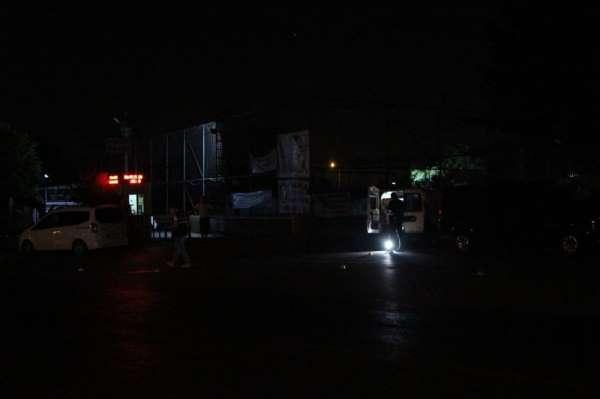 Kağıthane'de iki grup arasında bıçaklı ve silahlı kavga: 1'i ağır 6 yaralı