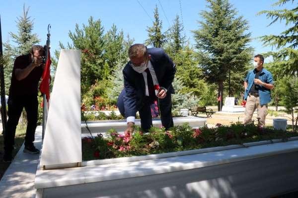 Yozgat'ta Kurban Bayramı arefesinde şehitlik ziyaret edildi