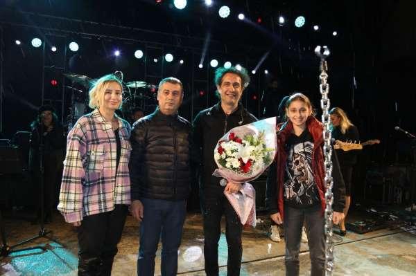 Gölbaşında Kıraç ve Azerin Konseri