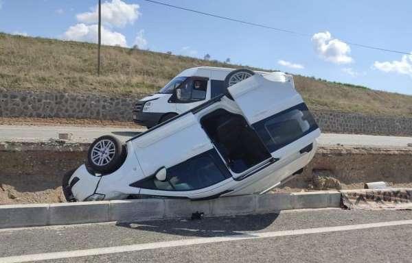 Siirtte meydana gelen trafik kazasında 3 kişi yaralandı