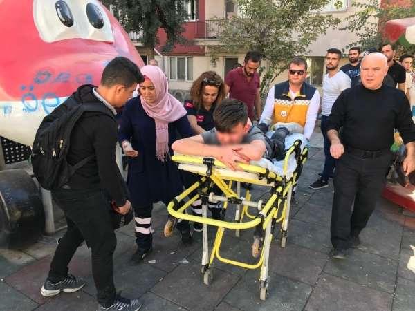 Kütahya'da lise öğrencileri arasında bıçaklı kavga: 2 yaralı