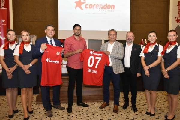 Muratpaşa Belediyespor kadın hentbol takımının resmi sponsoru Corendon Airlines