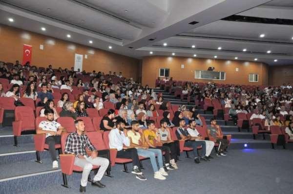Üniversite öğrencilerine 'İş Sağlığı ve Güvenliği' eğitimi