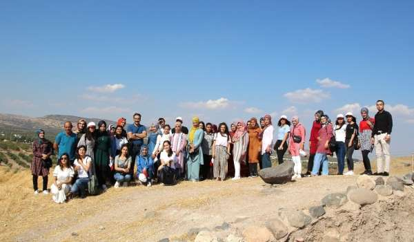 Yeni üniversiteliler 'Kilis Şehir Gezisi' etkinliğinde buluştu