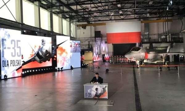 Polonya, 32 adet F-35 uçağı için 4.6 milyar dolarlık anlaşmaya imza attı