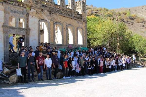 Avrasya Üniversitesi Mimarlık Bölümü öğrencilerinden Gümüşhane ve Bayburt'a tekn