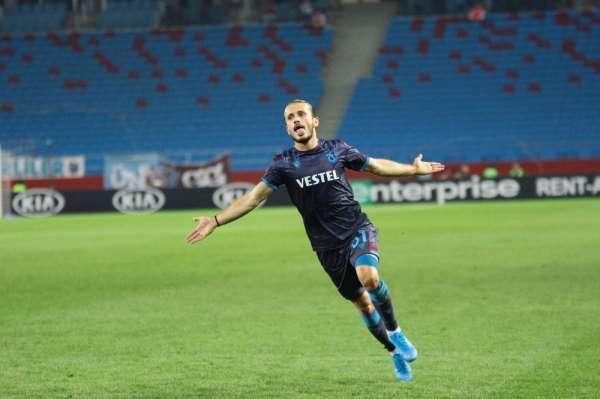 UEFA Avrupa Lig: Trabzonspor: 1 - Basel: 1 (İlk yarı)